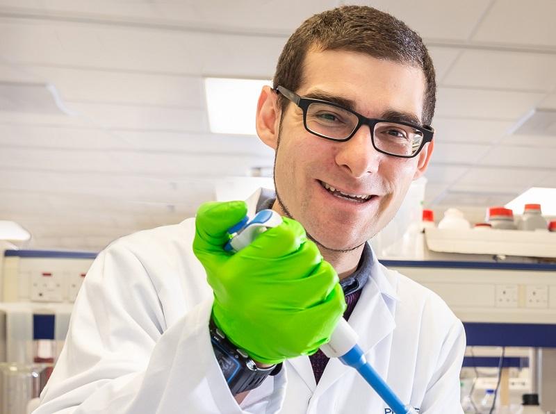 Dr Steve Harborne   Bespsoke Solutions   Membrane Proteins